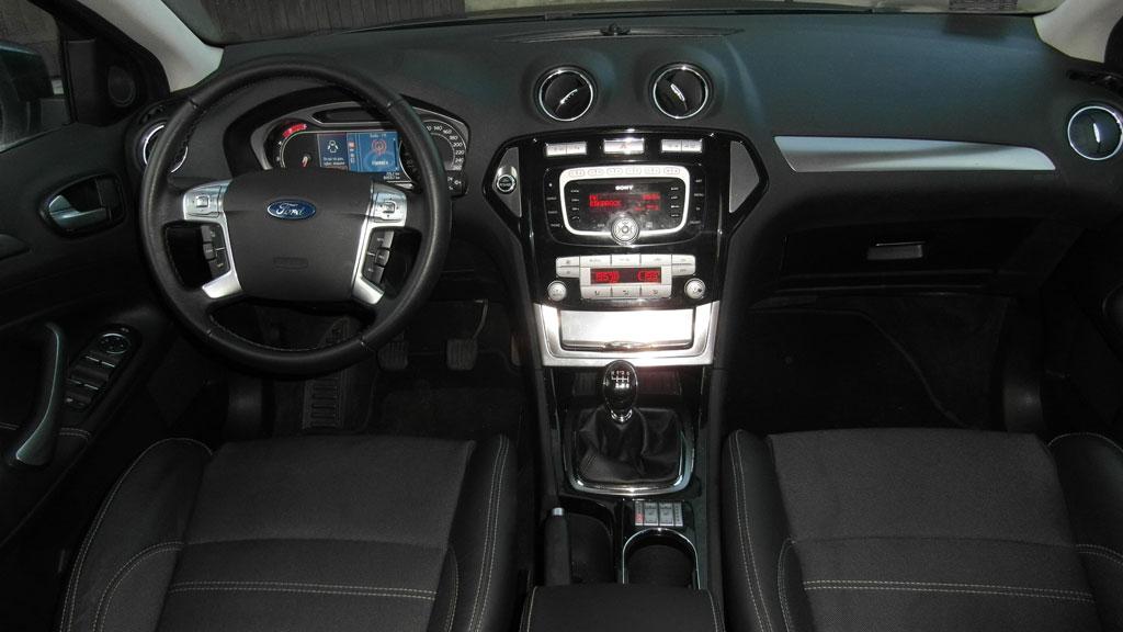 Wynajem aut osobowych w poznaniu Ford Mondeo 2.0 TDi hatchback