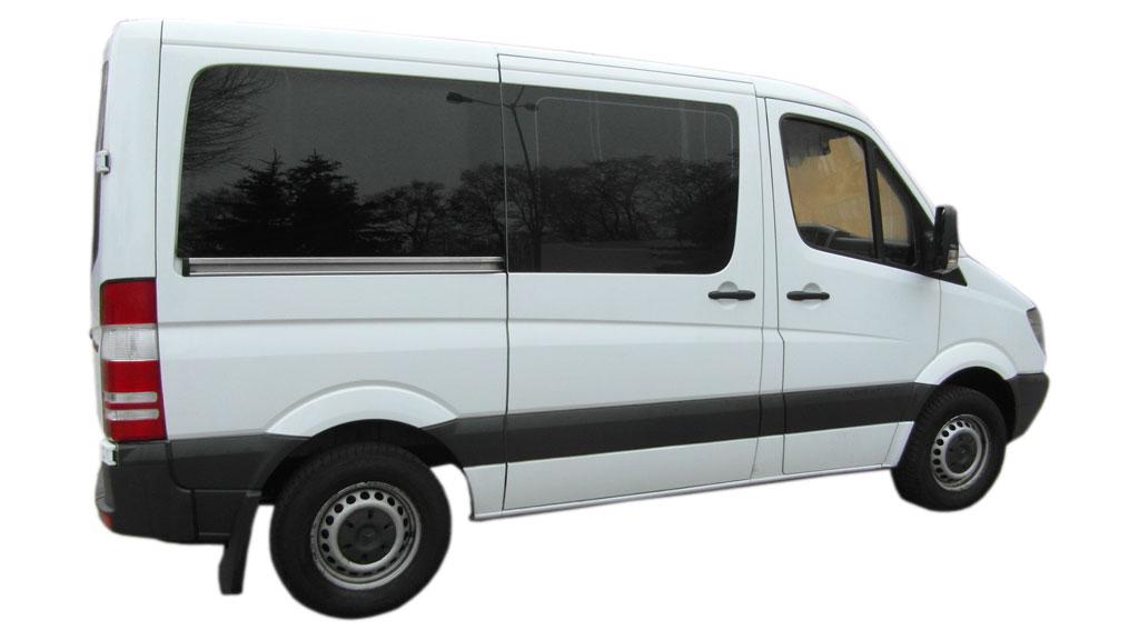 Wynajem Busów Osobowych Poznań - MB Sprinter 310 2.2 CDI krótki (9 os.)-9os_3